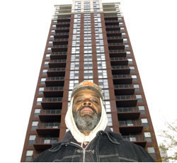 South Loop man in front of Pacific Garden Mission